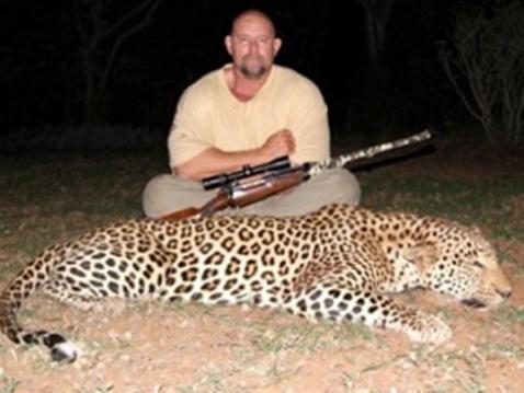 Leopard001.jpg